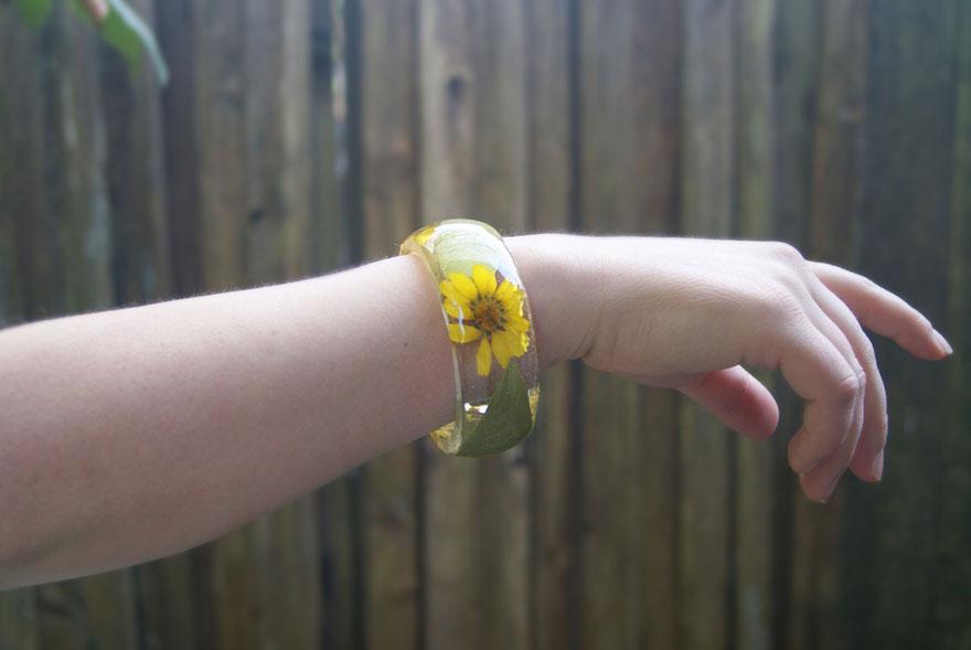 resin-flower-moss-bangles-bracelets-modern-flower-child-sarah-smith-34