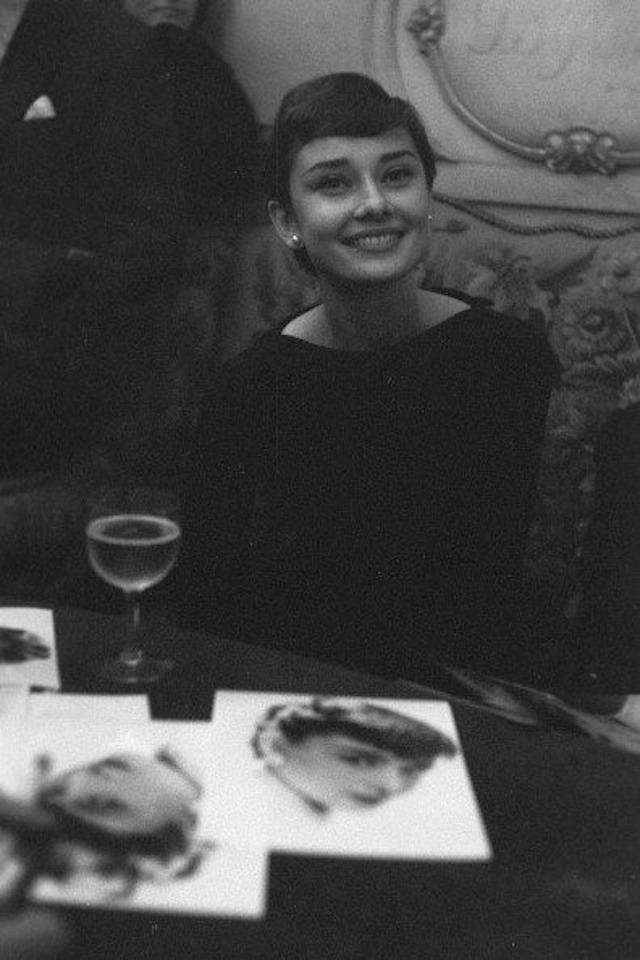 zAudrey-Hepburn-by-Gilles-Bensimon