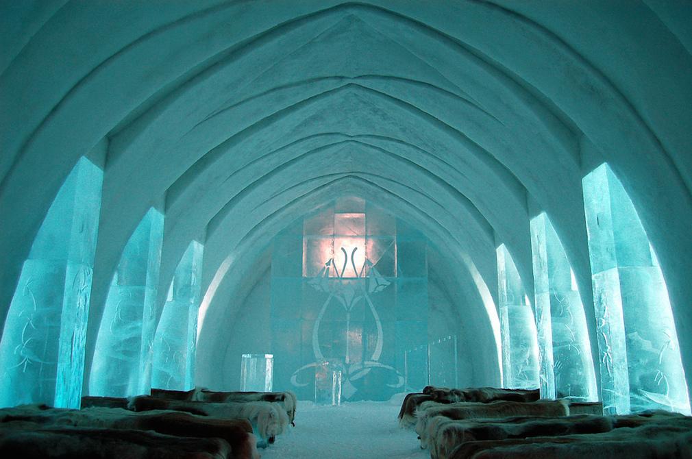 01_ice_hotel