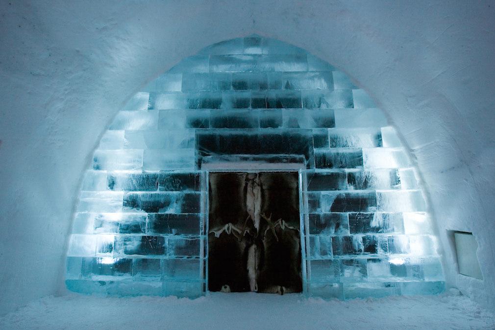 08_ice_hotel