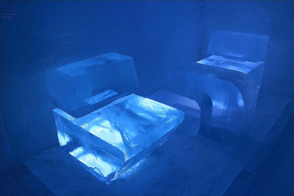 09_ice_hotel