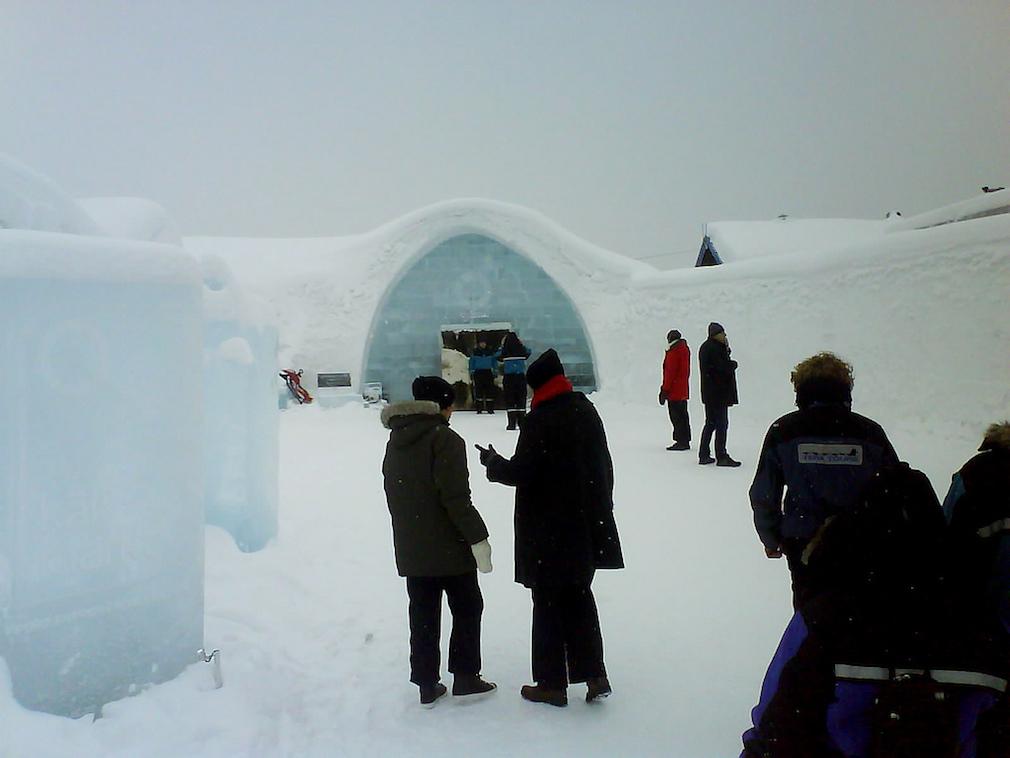 12_ice_hotel