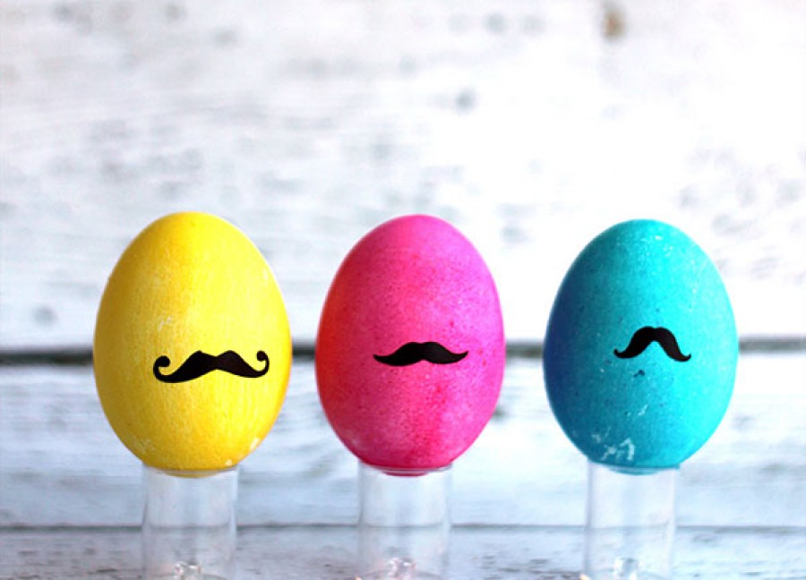 9 nalepene moustaches