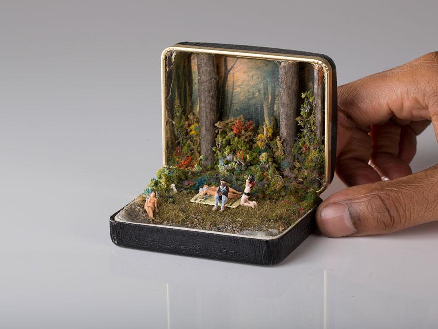 antique-ring-box-mini-diorama-talwst-1