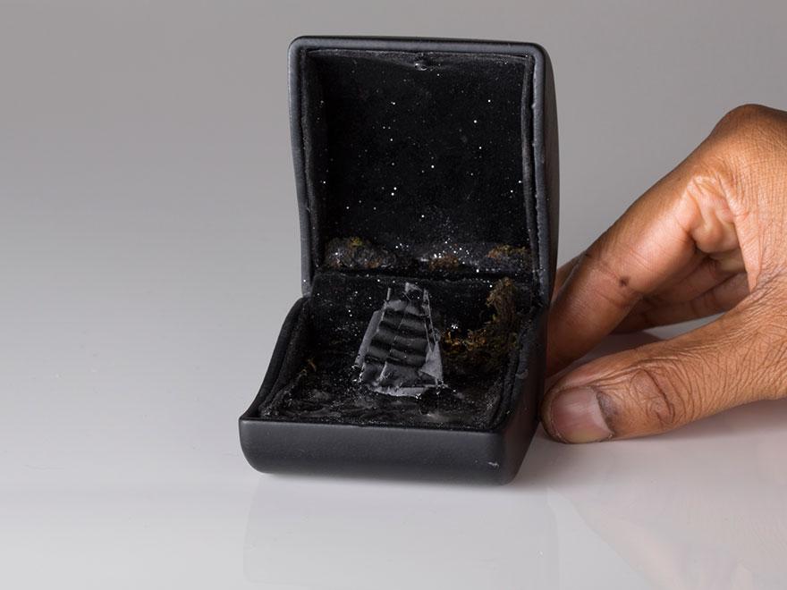 antique-ring-box-mini-diorama-talwst-10