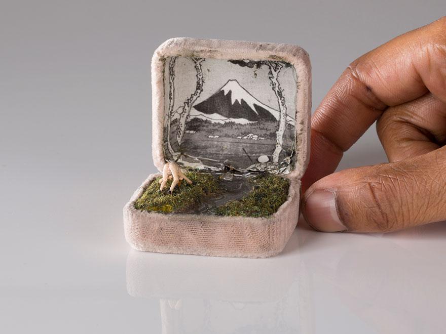 antique-ring-box-mini-diorama-talwst-11