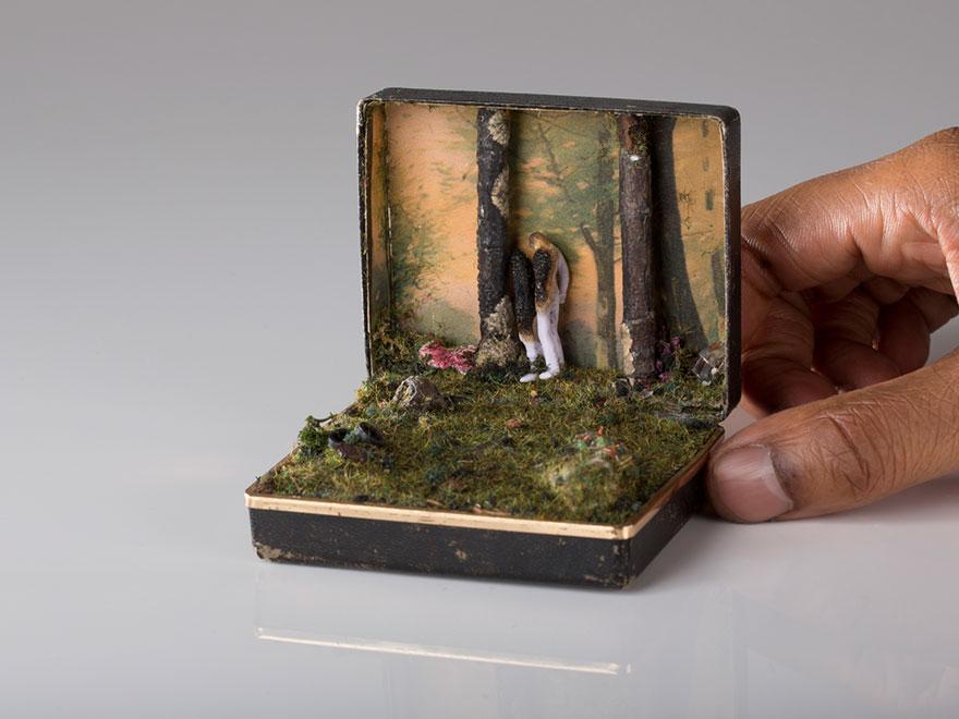 antique-ring-box-mini-diorama-talwst-8