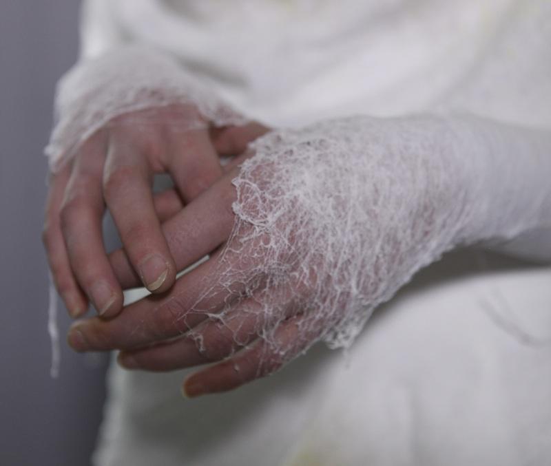 Manel Torres - Fabrican - oblečení ve spreji