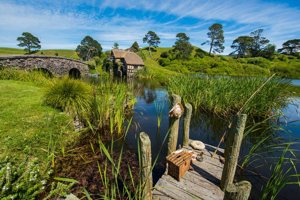Hobbiton-a-place-from-a-fairy-tale.3