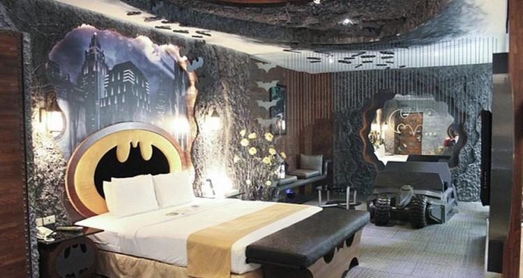 komix, batman, gotham, joker, temný rytíř, hotely, stylizované hotelový pokoje, tématické hotely, netradiční hotely