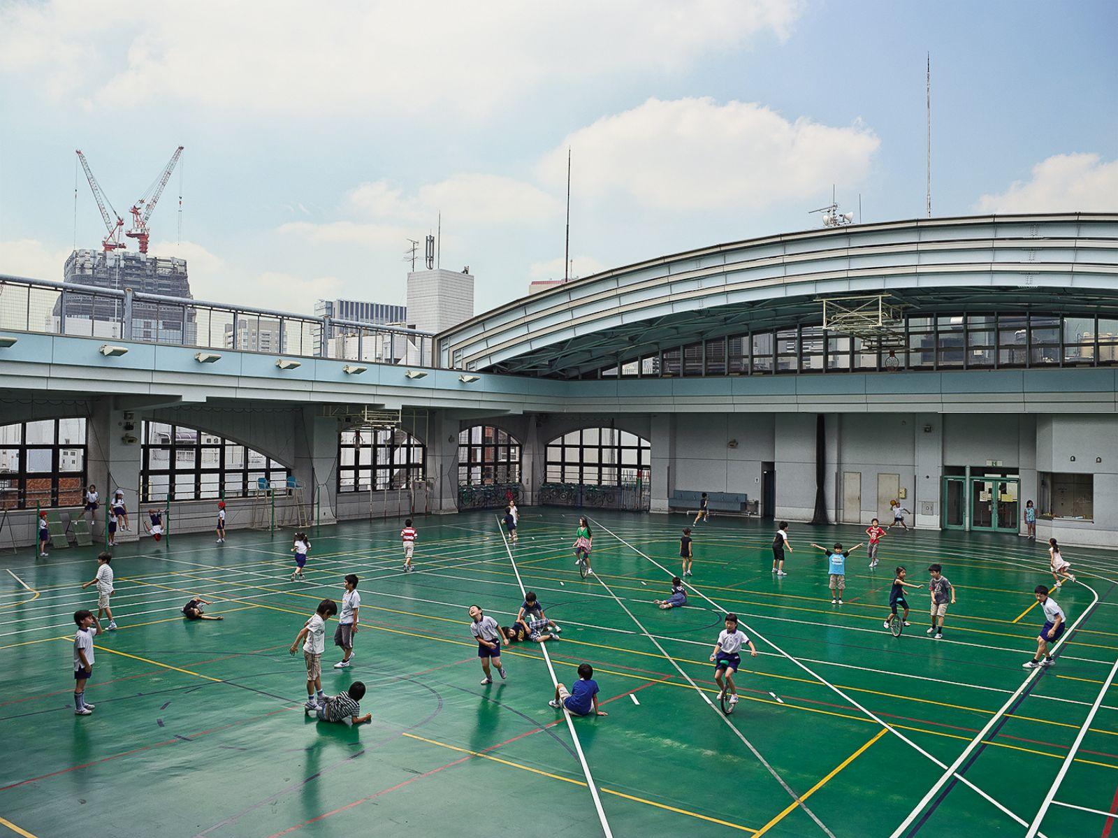 ht_MOLLISON_PLAYGROUND_JAPAN_Shohei_wg_150409_4x3_1600