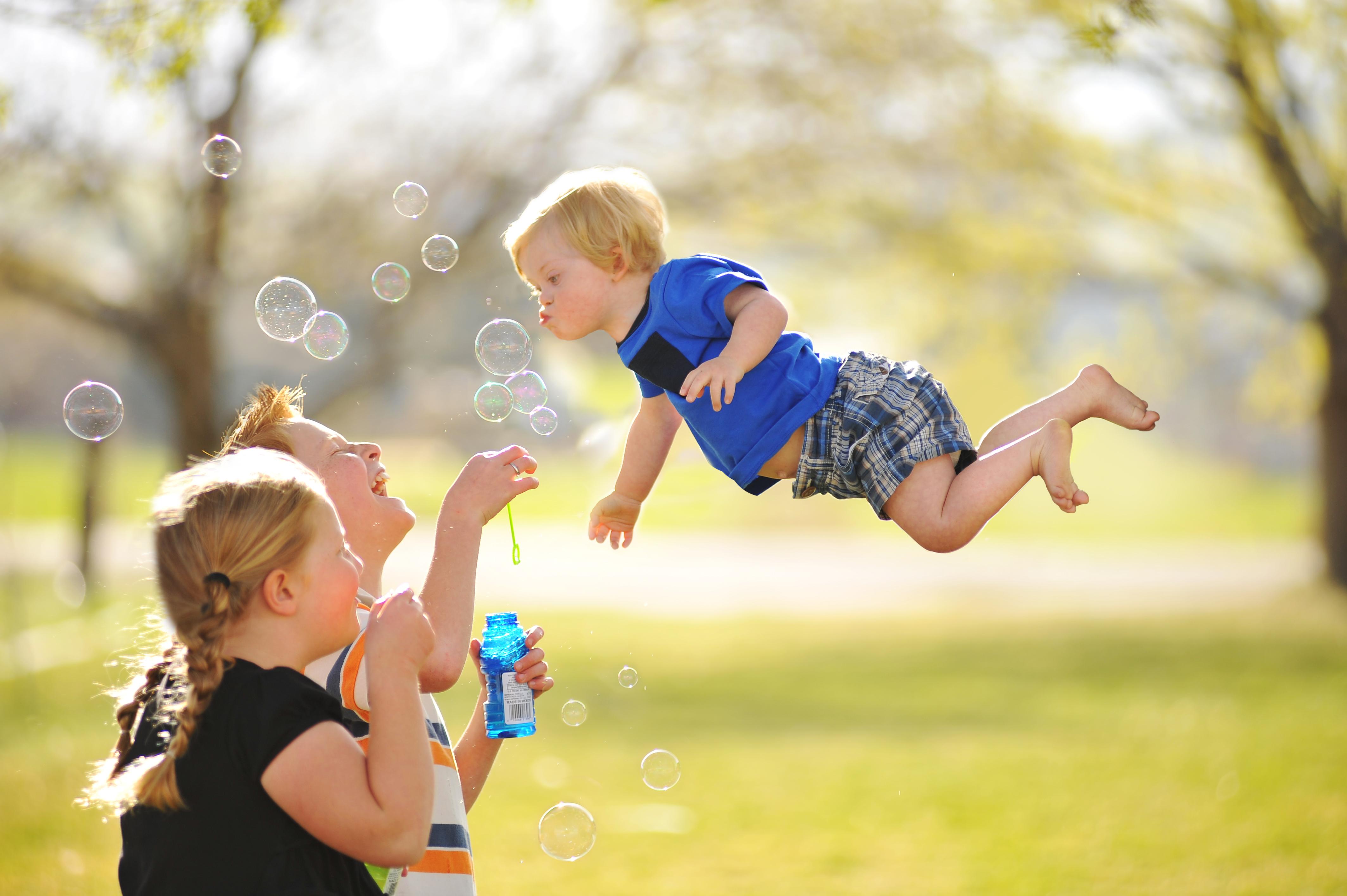 wil-flies-bubbles