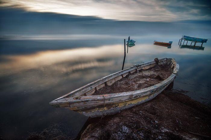 Boats-at-sunset-__700
