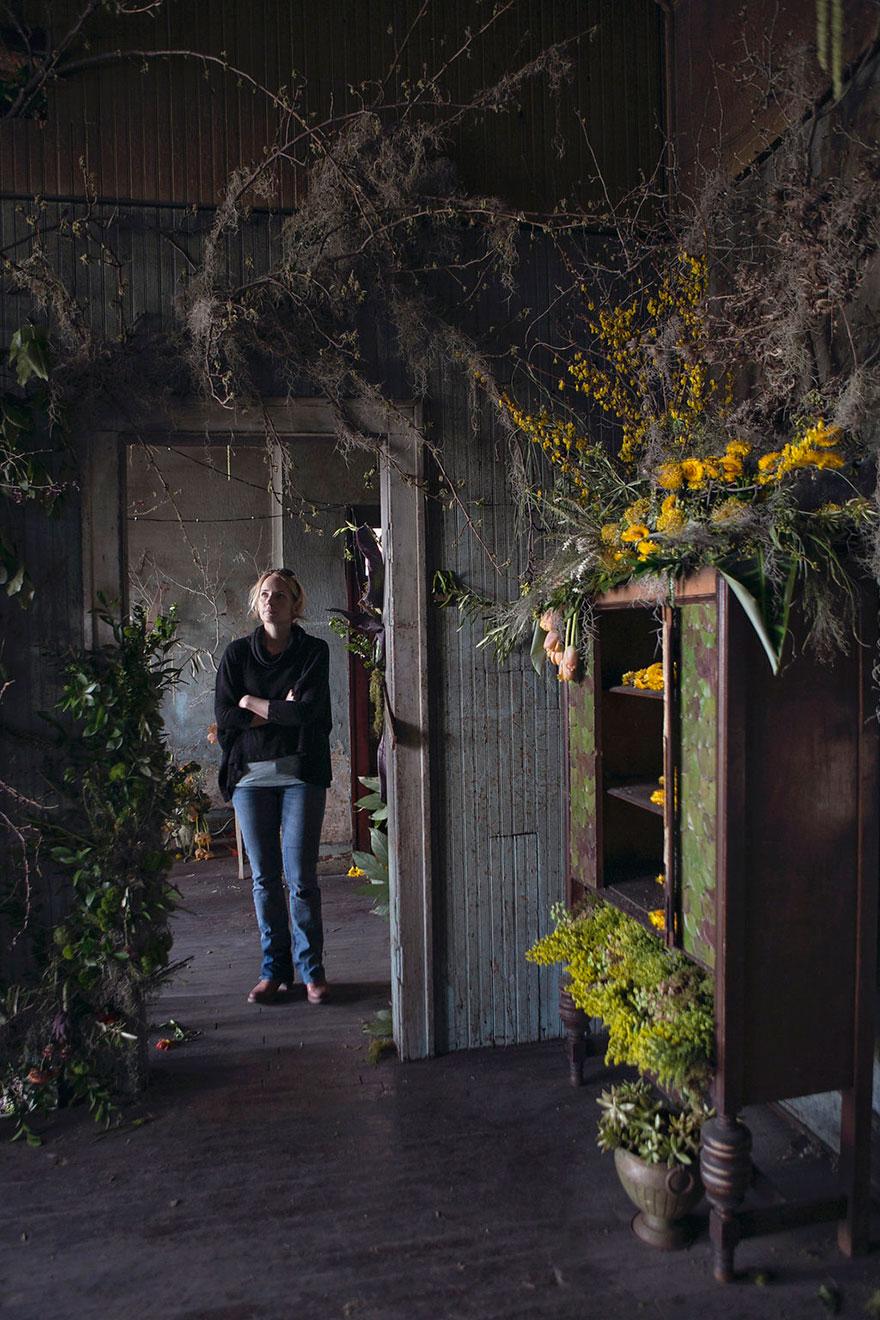 abandoned-flower-garden-house-building-detroit-lisa-waud-7