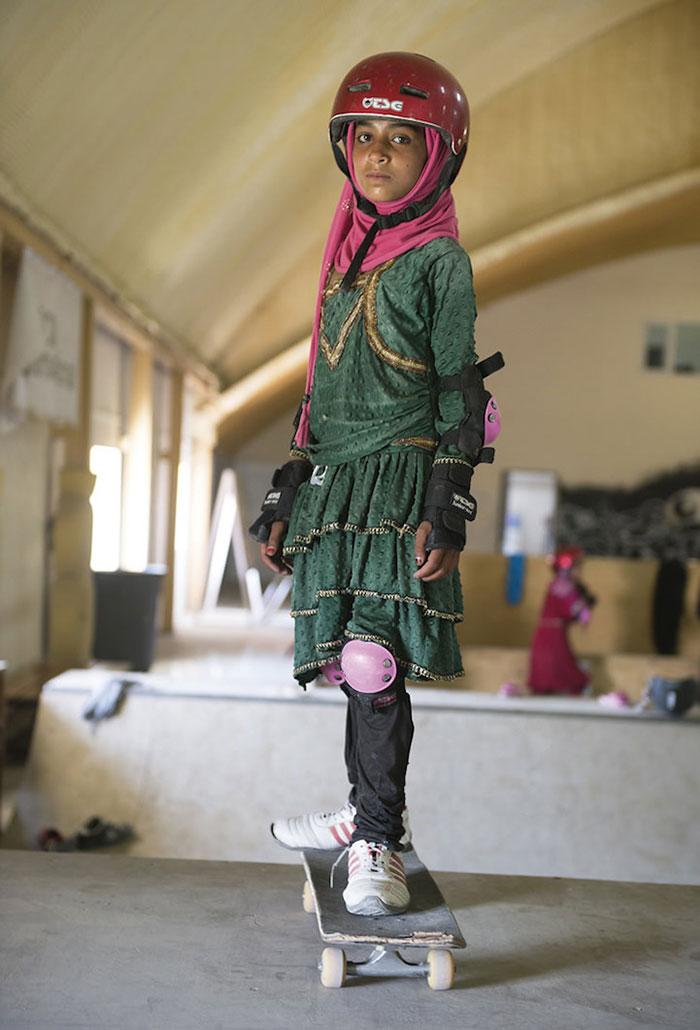skateistan-skateboarding-girls-afghanistan-jessica-fulford-dobson-10
