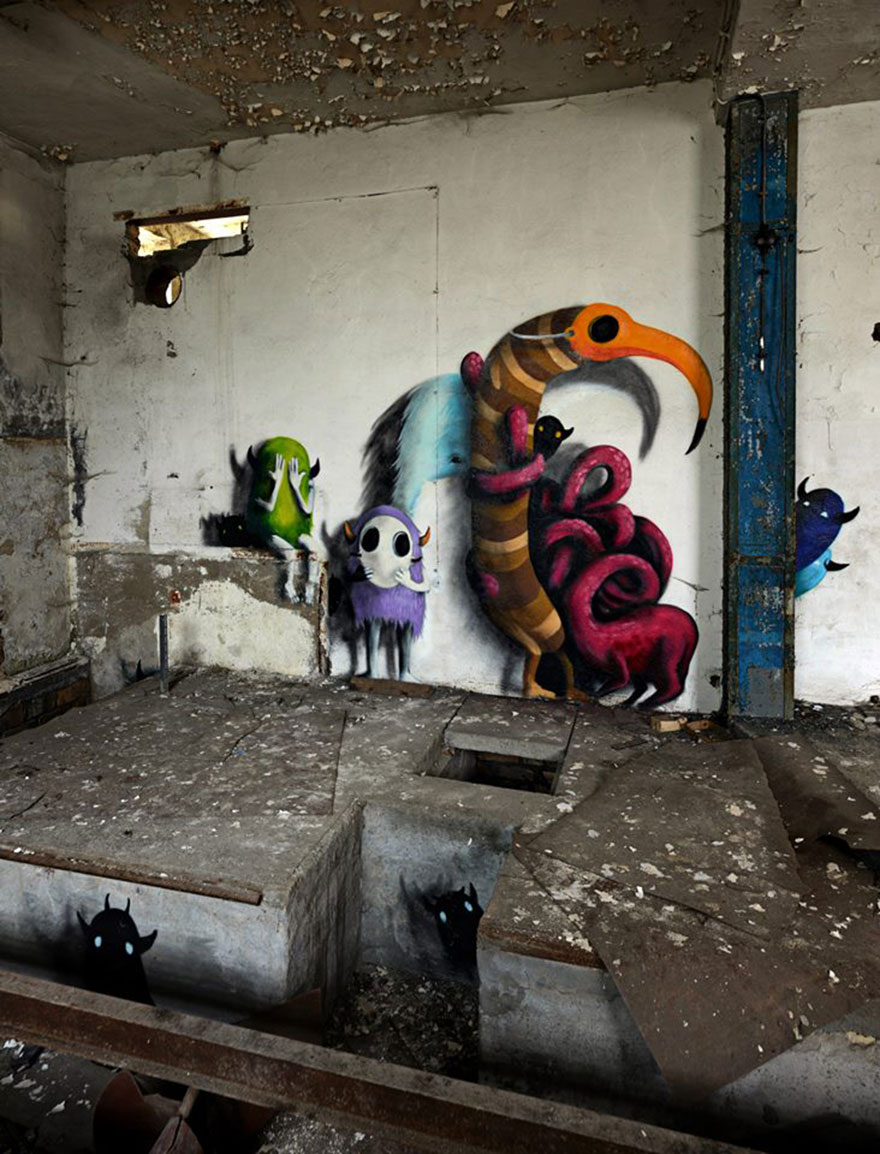 Monzter-animated-mural-art-by-Kim-Kwacz14__880