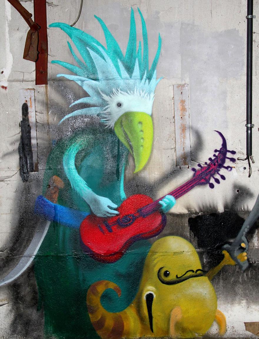 Monzter-animated-mural-art-by-Kim-Kwacz2__880