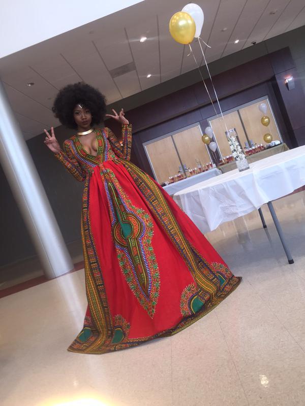 šaty-prom-queen-kyemah-mcentyre-8