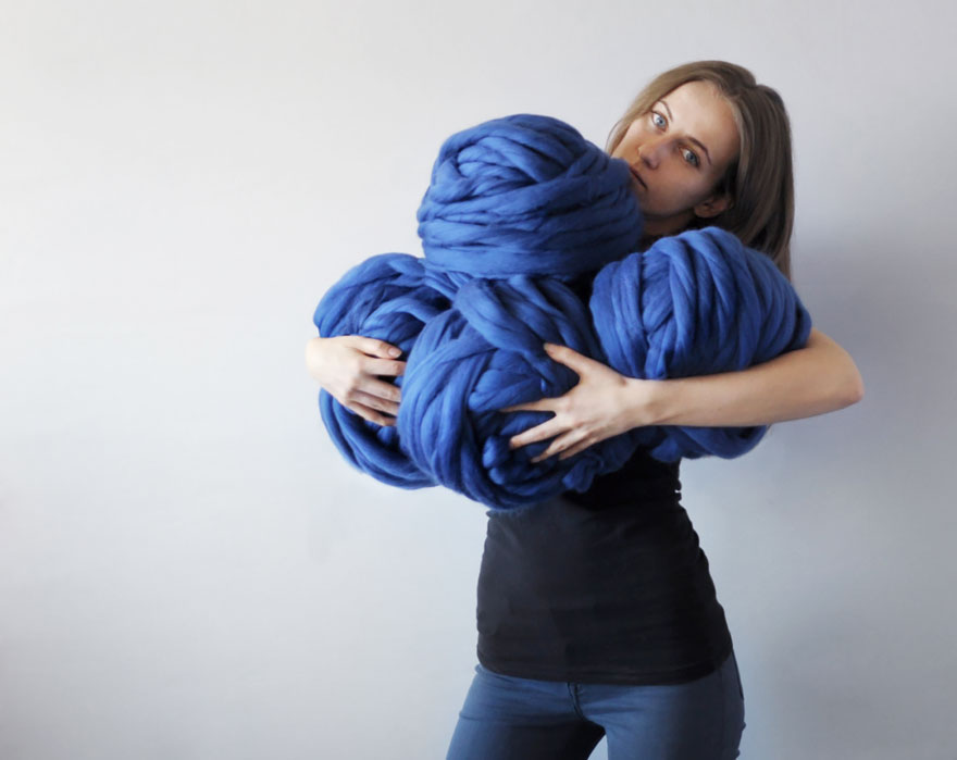giant-super-chunky-wool-knitwear-blankets-anna-mo-15
