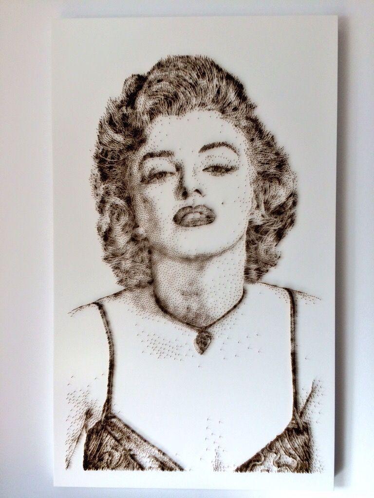 David Foster - Detailní obrazy z hřebíků, Marilyn Monroe
