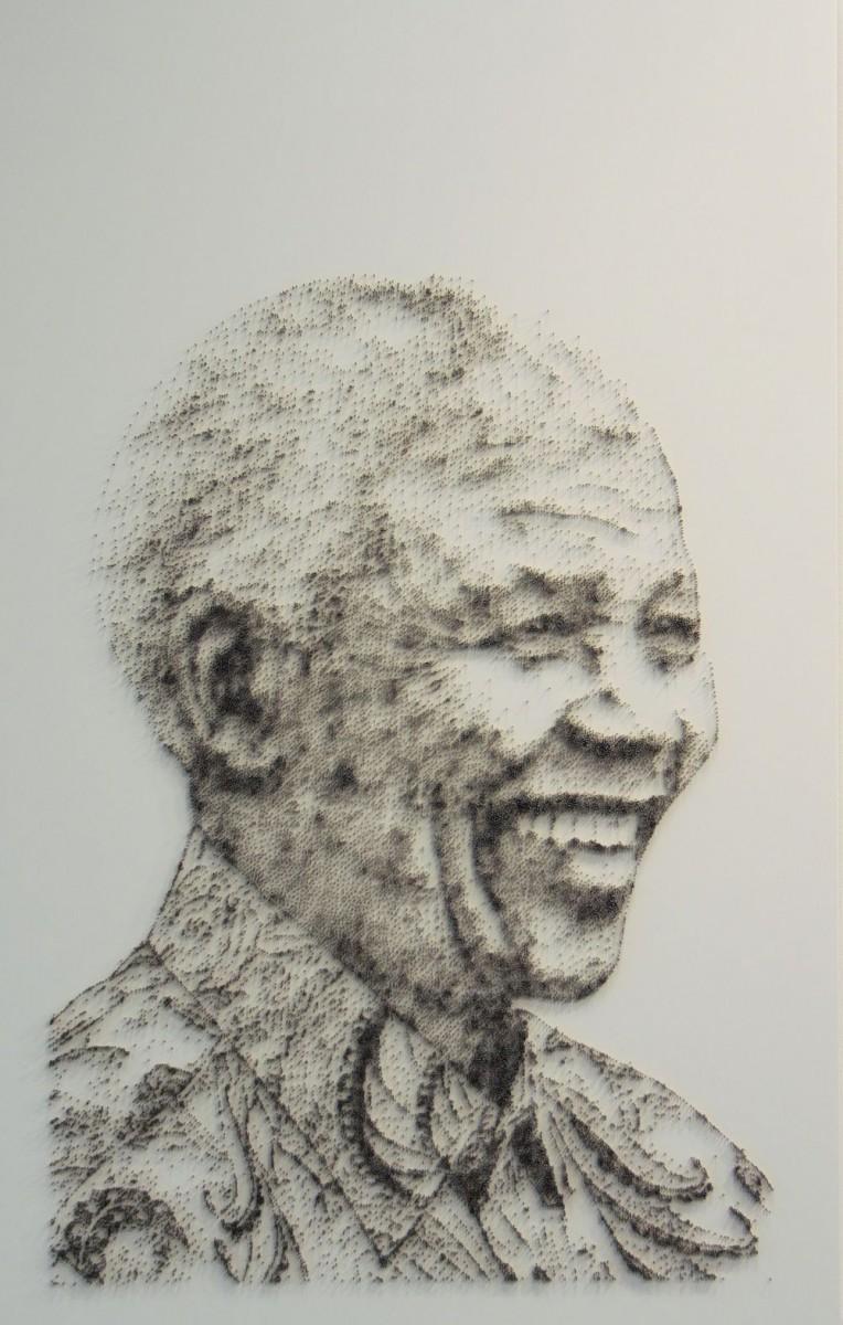 David Foster - Detailní obrazy z hřebíků, Nelson Mandela