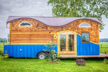 Pequod-Tiny-House-by-Rocky-Mountain-Tiny-Houses-lead