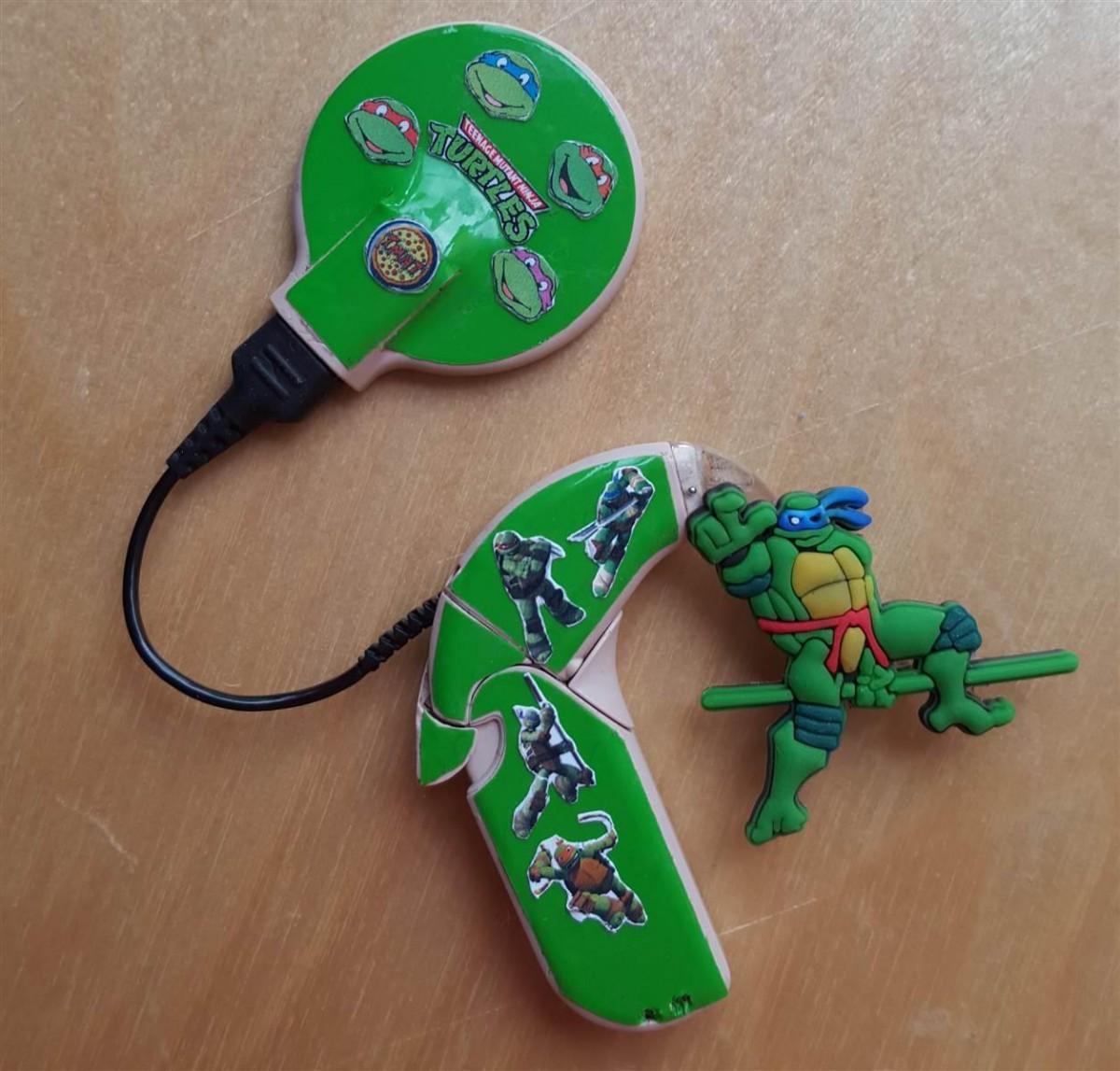 superhero-hearing-aid-kids-today-003-150707_70b03bdac7b5d5dc1733f647f304071e.today-inline-large2x_1255x1200