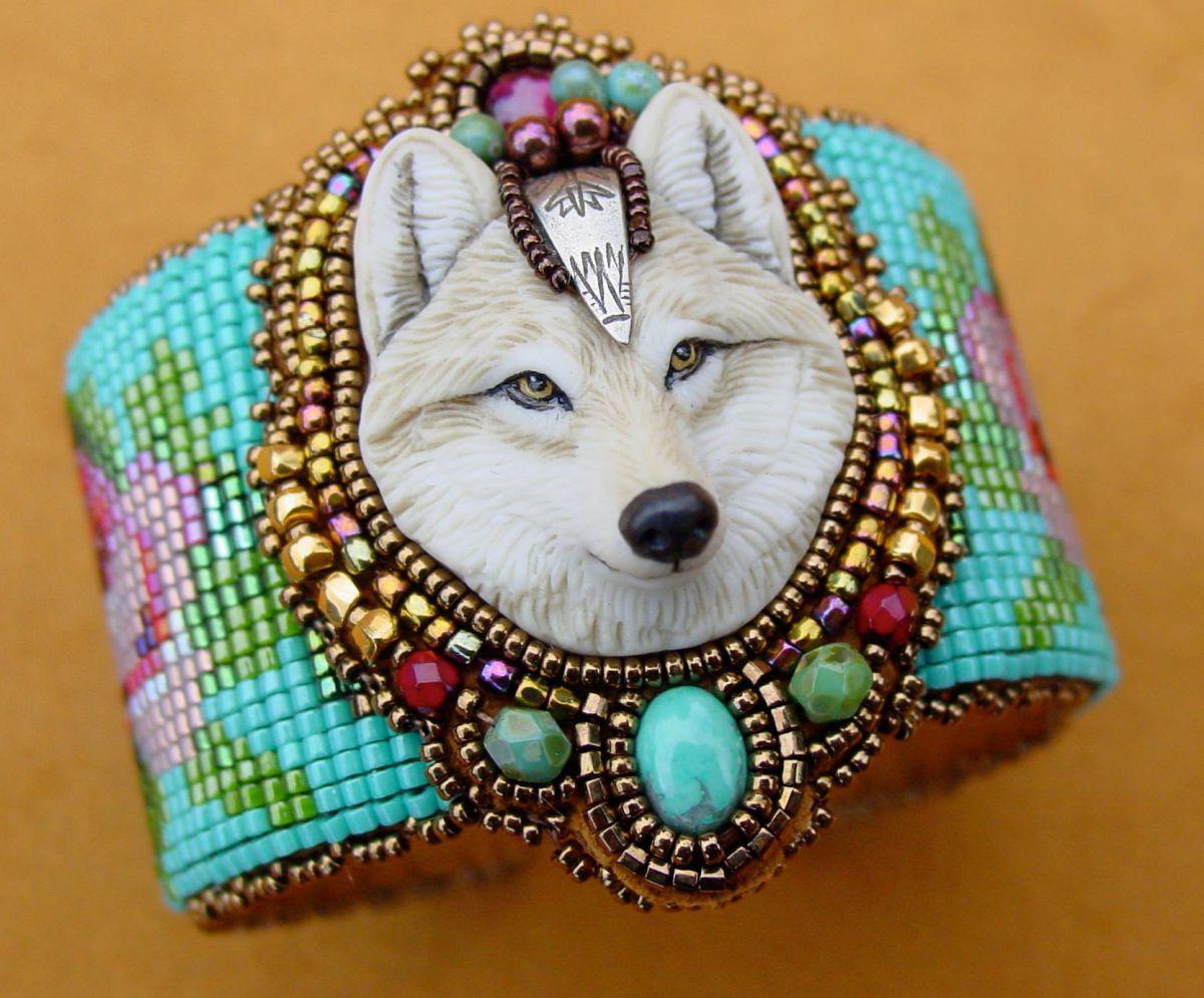 Vlk 4 naramek