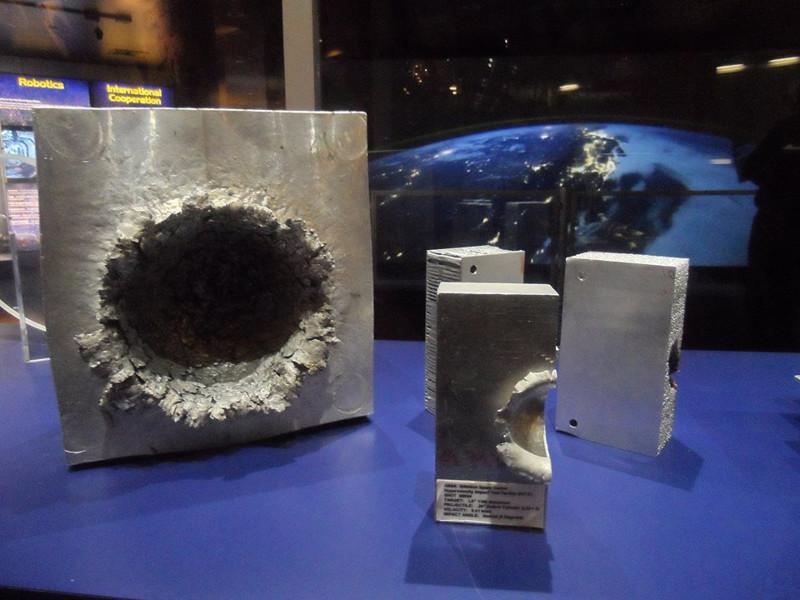 ISS - Vesmírné srážky