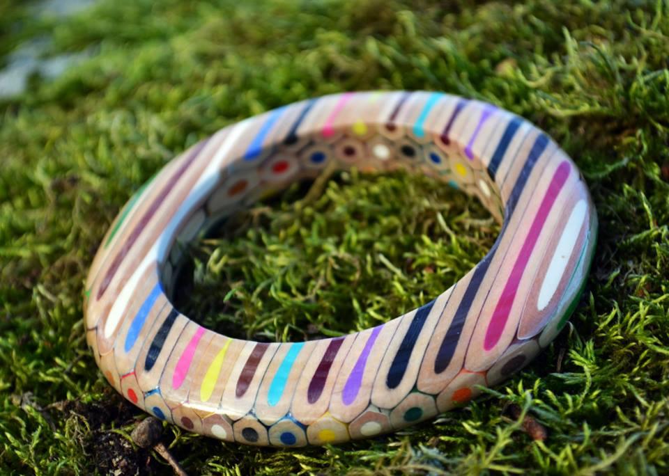 Anna Čurlejová (Čarbičková design): Šperky z pastelek