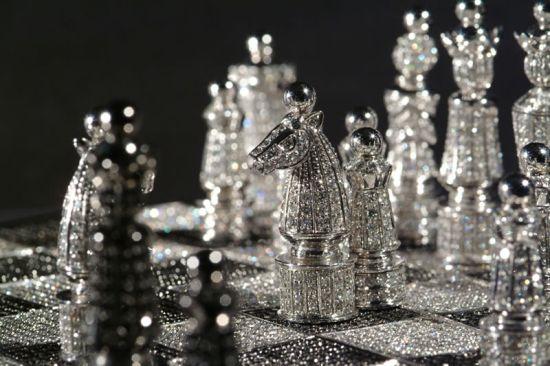 Diamantové šachy za $660.000.