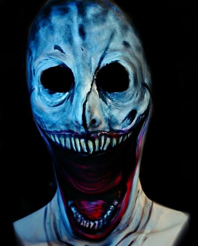creepy-body-art-makeup-radicandrea2__700-642x800