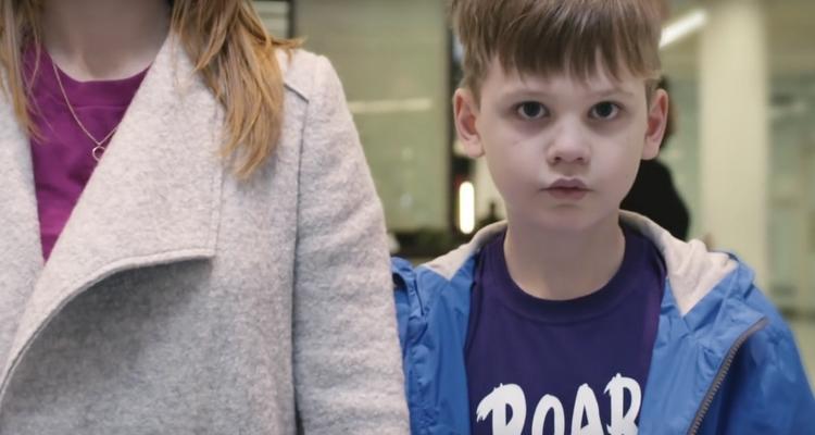 Sociální kampaň vás přiměje vidět svět očima chlapce s autismem ... ef75b16a5f