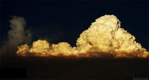 Rostoucí cumulus (zdroj)