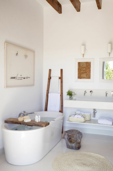 wooden-ladder-modern-bathroom-shelf-bathroom-furniture-towels-conductor-wood
