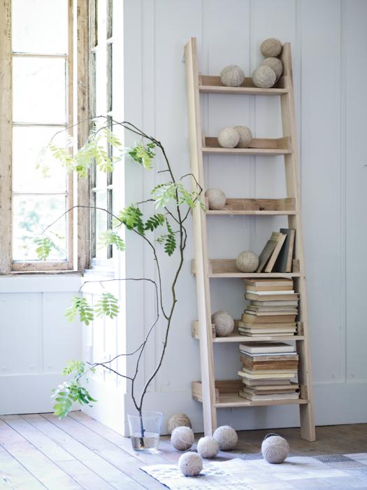 wooden_ladder_shelf_h-oaklad_alt