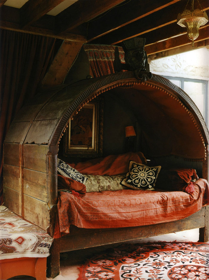 AD-Cozy-Reading-Nooks-Book-Corner-10