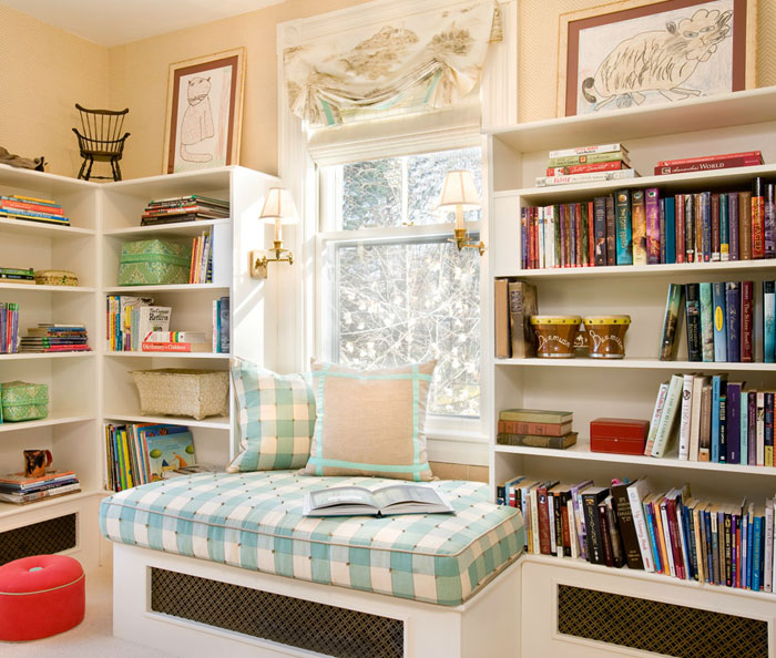 AD-Cozy-Reading-Nooks-Book-Corner-48