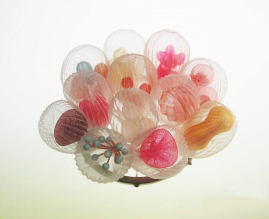 translucent-fabric-jewerly-japan-sculptures-mariko-kusumoto-25