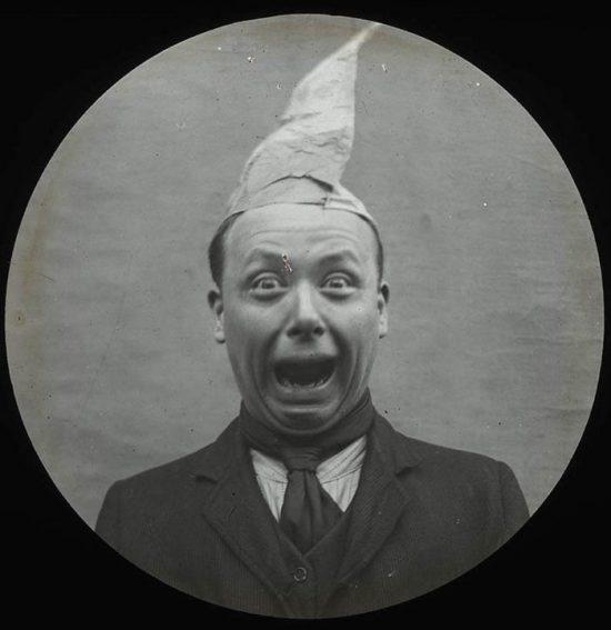 funny-victorian-era-photos-silly-vintage-photography-65-57512fb106e9e__700