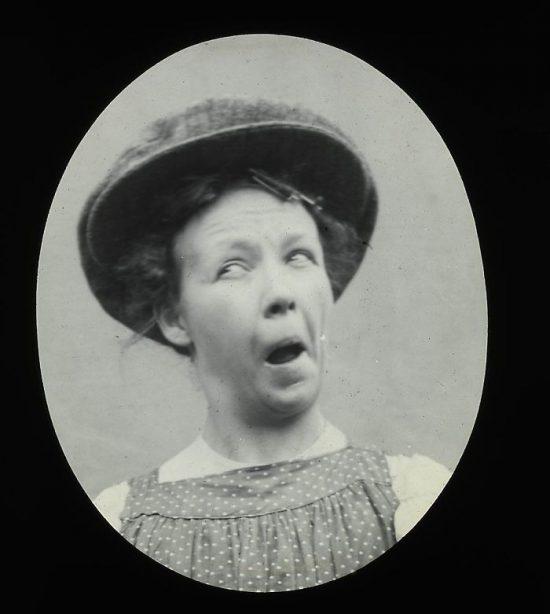 funny-victorian-era-photos-silly-vintage-photography-66-5751305373797__700