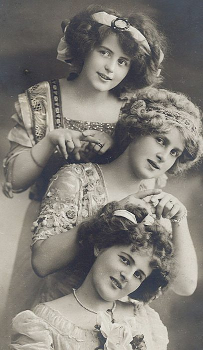 funny-victorian-era-photos-silly-vintage-photography-73-575145041452b__700