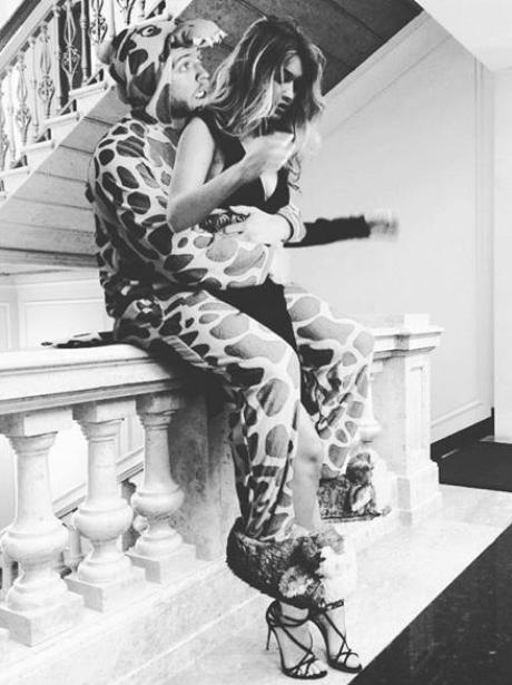 lorenz-valentino-instagram-edit---gigi-hadid1-1457603987-view-1