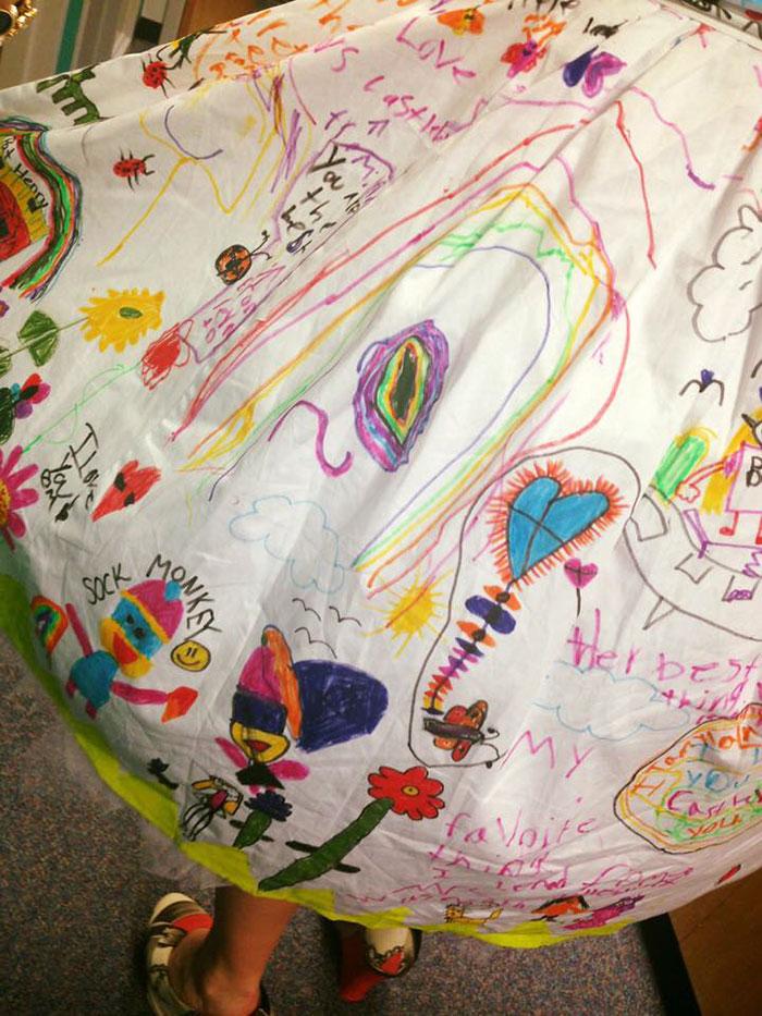 students-doodle-teacher-dress-chris-sharee-castlebury-pat-henry-elementary-6