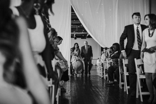 Bride-walks-down-the-isle-57b2e021f01b4__880