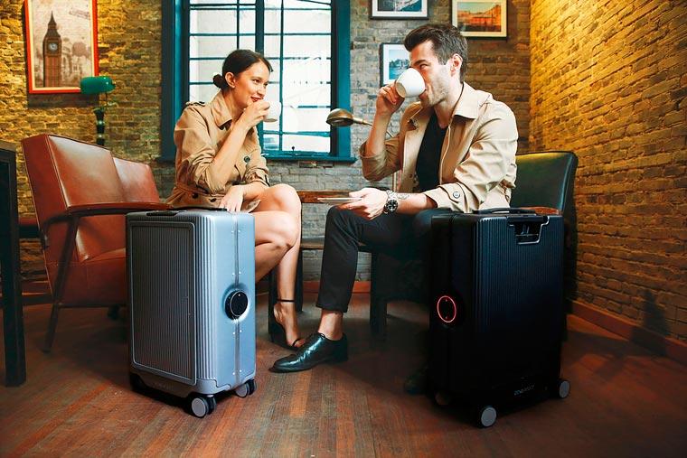 Cowarobot-R1-suitcase-6