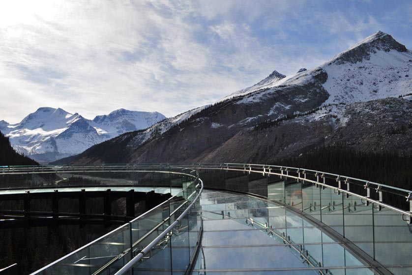 GI-Glacier-Skywalk-Glass