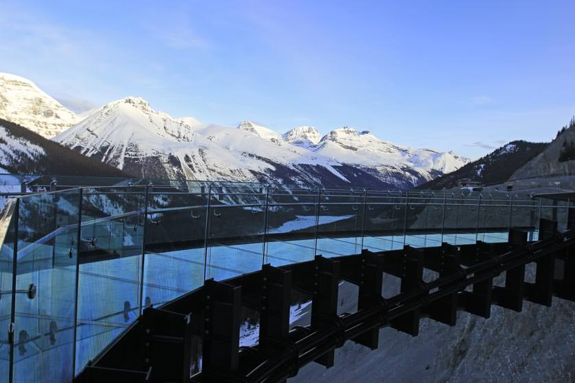 GI-Glacier-Skywalk-Glass2