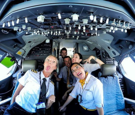 woman-pilot-yoga-maria-pettersson-35