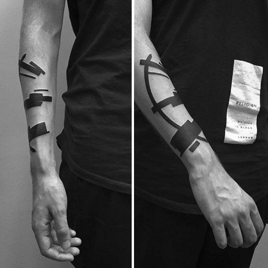 suprematism-inspired-digital-minimalist-tattoos-stanislaw-wilczynski-31-57d7b87d3dc39__700
